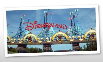 Sztároknak köszönhetően juthatott el a kerekesszékes Dalma Disneylandbe