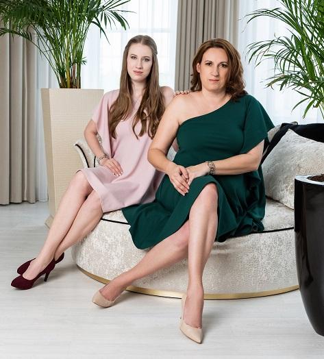 Ladányi Bea és Karina, önbizalomba öltöztetve