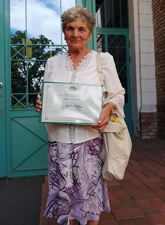 Kató néni, Alkotónők magazin