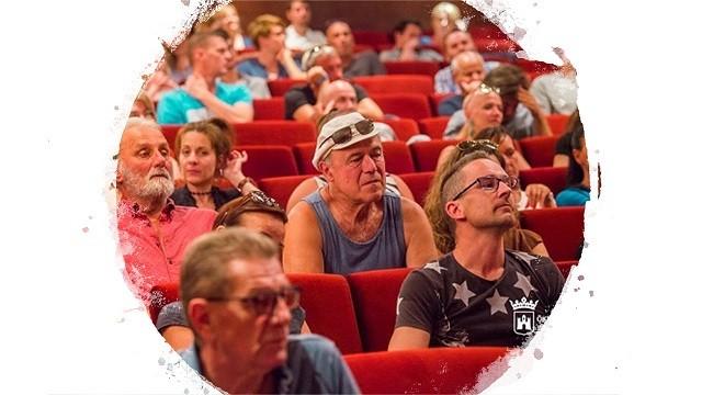 Vörösmarty színház műsor
